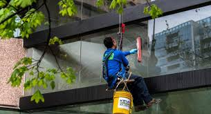 9 Factors to Consider While Selecting Professional Window Cleaners in London