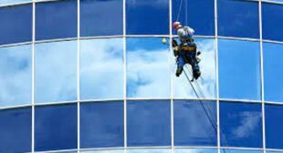 6 Benefits of Hiring Professional Window Cleaning Company, London